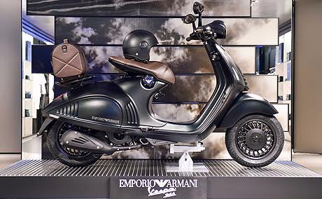 Vespa 946 Emporio Armani Tiba di Indonesia – M Adil Irvan fd688e8b57